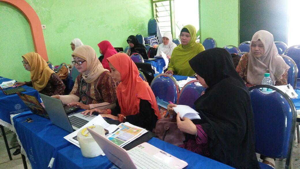 Pelatihan komputer tahap 2 untuk Pimpinan Cabang se Surabaya oleh PDA Majelis Pembinaan Kader